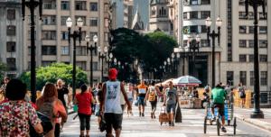 Como o desempenho da economia do Brasil afeta suas finanças