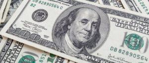 Dólar alcança maior patamar em 14 meses. Entenda o porquê