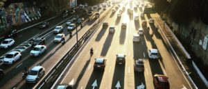 Mais de 40% dos brasileiros têm licenciamento de veículo atrasado