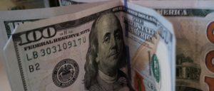 Dólar, confiança: confira os principais assuntos desta sexta